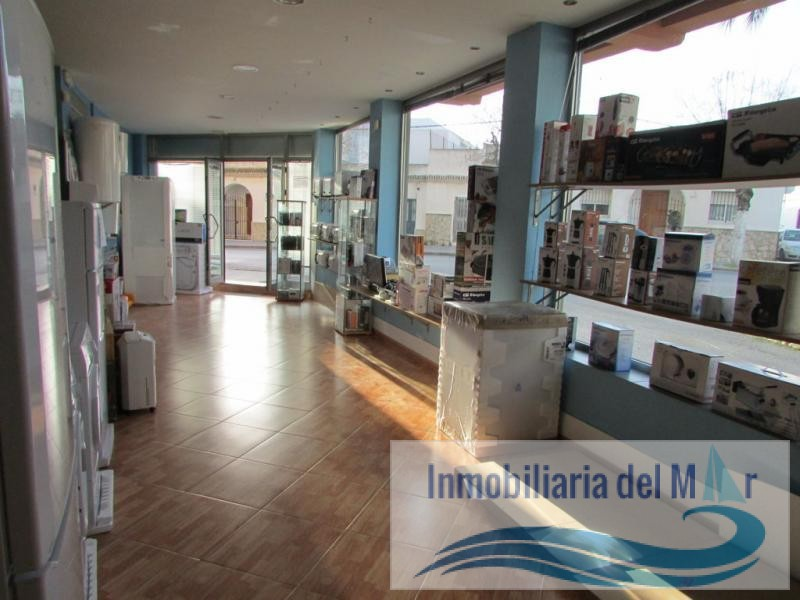 LOCAL COMERCIAL EN AVDA. DEL MAR